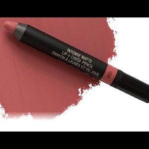 Nudestix matte lip & cheek crayon